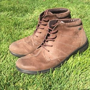 Leather Ecco boots